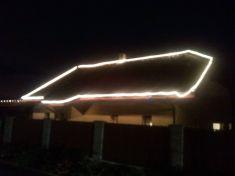 Lipová 549, osvětlení střechy
